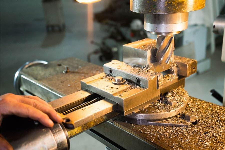 Особенности фрезерной обработки металлов – изображение